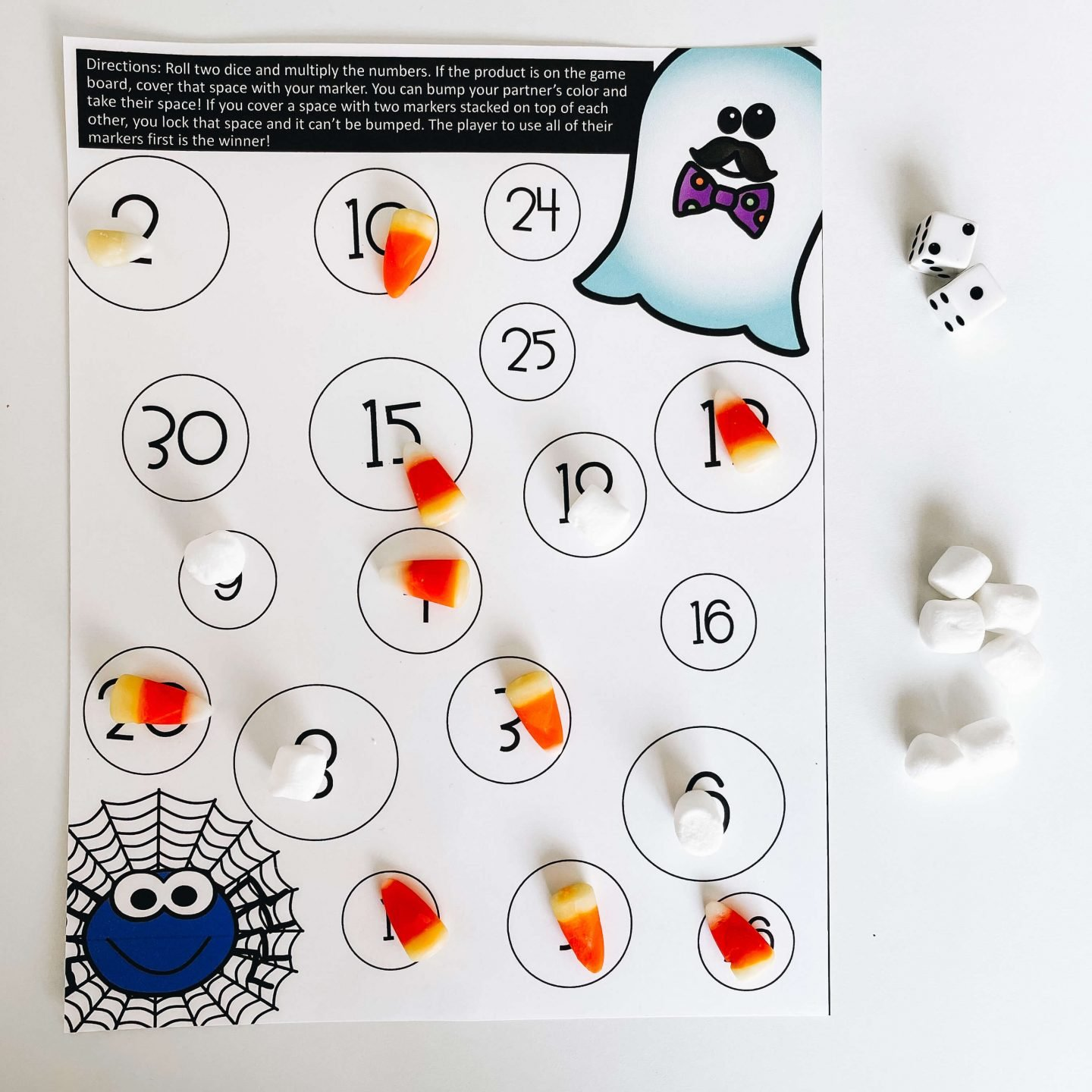 This Halloween multiplication activity is a great way to practice math facts and fluency in the classroom.